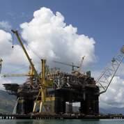 Le pétrole dévisse sous les 70 dollars le baril