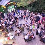 La soirée Apéros Vintage de Bordeaux au Pavillon du Lac (XIXe). (Ph : CIVB / Anglada)