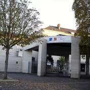 Bourges : un enseignant à l'attitude «bizarre»