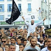Nouvelles tensions à Tunis avant le vote