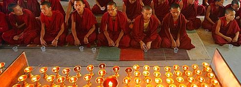 Pékin face aux immolations de moines tibétains