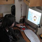 Internet: un numéro pour aider les parents