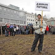 3 ans après sa chute, l'Islande reste fragile