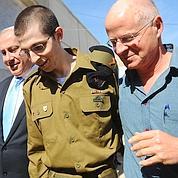 Shalit a parfois été brutalisé, dit son père