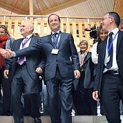 Hollande prépare «son» programme