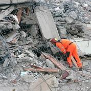 Séisme : la Turquie cherche des survivants