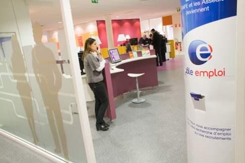 Agressions : Pôle emploi lance une consultation interne