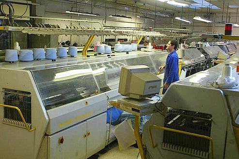 Industrie: douze mesures pour relancer la compétitivité