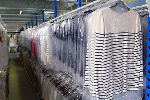 Les professionnels du textile pourront désormais obtenir des informations précises sur la composition de leurs produits. Crédit : Paul Delort/Le Figaro