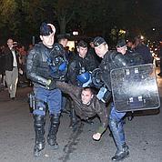 Pièce perturbée à Paris: 220 arrestations