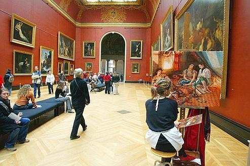 Le Louvre et Beaubourg champions de Facebook
