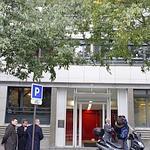 L'accident s'est produit au 15, rue Robert et Sonia Delaunay, dans le XIe arrondissement de Paris.