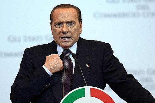 Au pied du mur, Silvio Berlusconi se remet à espérer