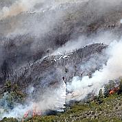 La Réunion : l'incendie reste imprévisible