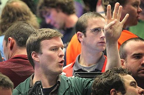 Comment jouer la volatilité sur les bancaires