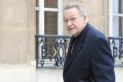 À Lourdes, les évêques parlent de politique