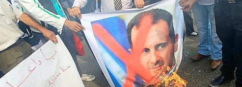 Syrie : le roi de Jordanie appelle Assad à démissionner