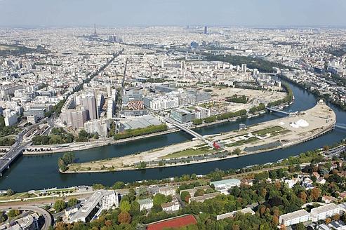 Chic et populaire, hyperactive et dilettante, Boulogne-Billancourt cultive ses contrastes entre le bois et la Seine. (Ph : P.Guignard - SAEM Val de Seine Aménagement)