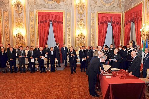 En Italie, Mario Monti et ses spécialistes aux commandes