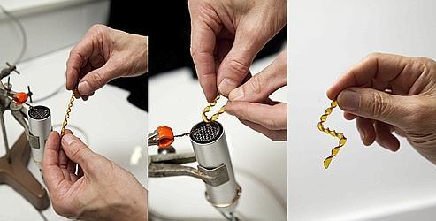 Matériaux Léger Et Résistant un matériau plastique façonnable comme du verre