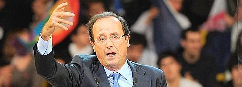 François Hollande tente de reprendre la main