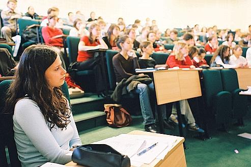 Les étudiants recherchent la marque «grande école»