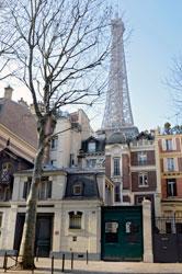 L'hôtel particluier est situé dans le 7ème arrondissement tout près de la tour Eiffel. Crédits photo : Daniel Féau