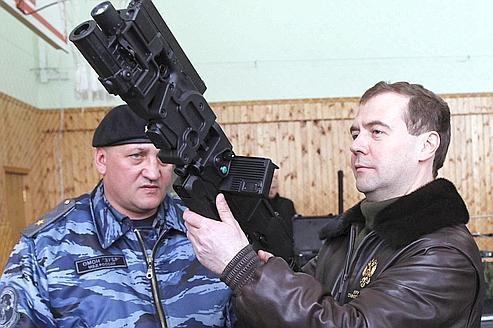 En Russie, Medvedev fait la chasse aux Tadjiks