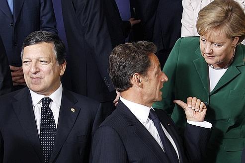Crise de la dette: Paris et Berlin cherchent la parade