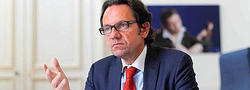 Frédéric Lefebvre vigilant sur les «petits crédits»
