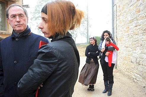 le ministre de l'Intérieur, Claude Guéant, a visité vendredi le centre d'accueil pour demandeurs d'asile à Monclar-de-Quercy.
