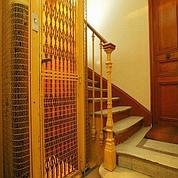 Beaucoup d'ascenseurs ne seraient pas aux normes