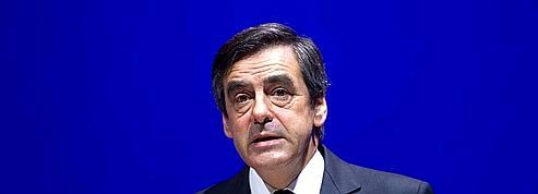 Fillon opposé «de toutes ses forces» au vote des étrangers