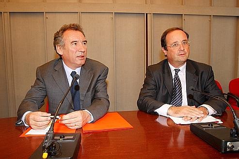 François Bayrou et François Hollande, en 2007, à l'Assemblée nationale.
