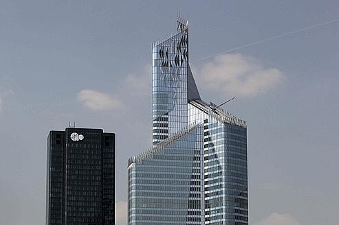 La tour First devrait accueillir Euler Hermès.
