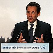 Sarkozy, mi-président, mi-candidat pour 2012