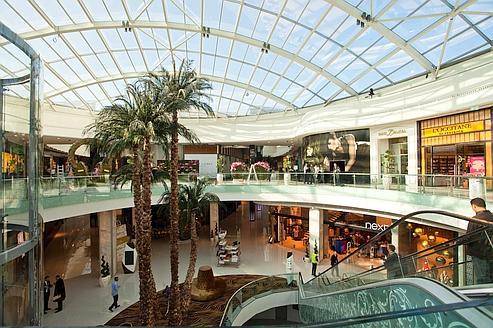 le morocco mall r invente le centre commercial. Black Bedroom Furniture Sets. Home Design Ideas