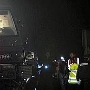 Un TER percute une voiture: quatre morts