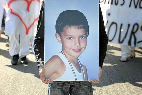 Le 3 août 2008, une marche blanche avait eu lieu en mémoire de Valentin, près de Lagnieu, où son corps a été retrouvé.