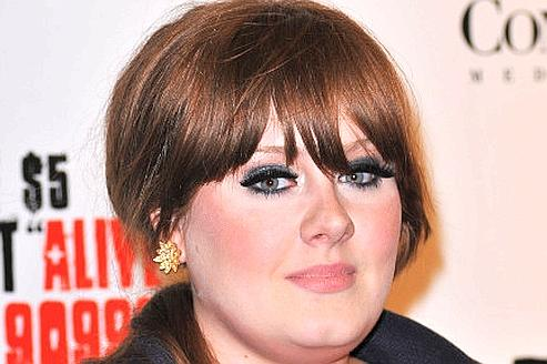 Adele bat le record d'Amy Winehouse