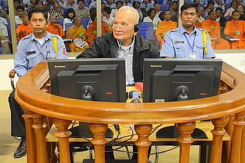 L'adjoint de Pol Pot sème le doute