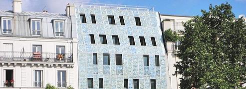 Paris : un immeuble recouvert de cellules photovoltaïques