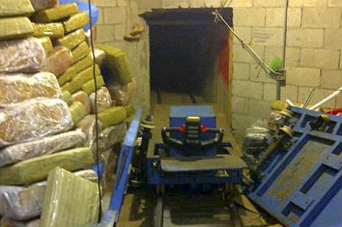La découverte du tunnel a permis la saisie de 32 tonnes de marijuana (valeur estimée: 65millions de dollars).