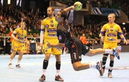 Montpellier garde son titre
