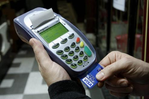 La carte bancaire gratuite, une promesse qui fait mouche
