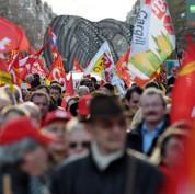 Les syndicats divisés avant le sommet social