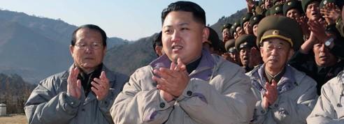Le «petit prince» rouge Kim Jong-un prend les commandes
