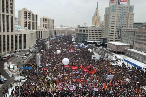 L'opposition a revendiqué quelque 120.000 manifestants, tandis que la police parle de 29.000 protestataires.