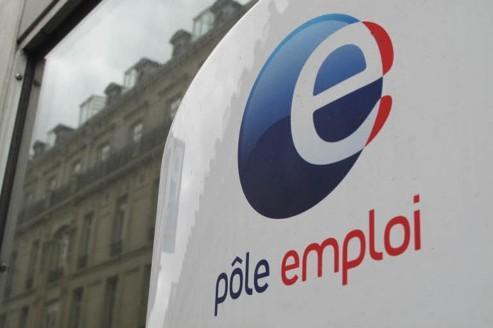 Le nombre de sorties de Pôle emploi pour reprise d'emploi déclarée est en hausse de 6,1% par rapport à octobre. Crédit : François Bouchon/Le Figaro