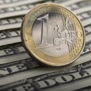 Les raisons de la chute de l'euro face au dollar